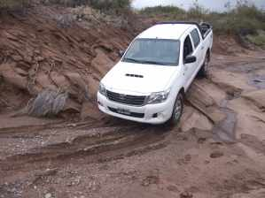 "Testing a 4.0L Toyota Hilux - ""The Indestructible Truck"" according to TopGear - on a river bed in the Andes"
